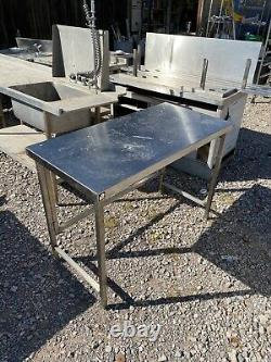 1.2M Long X 60cm Stainless Steel Prep Table With Appliance Gap Underneath