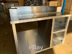 HCW3 Chicken Display Table